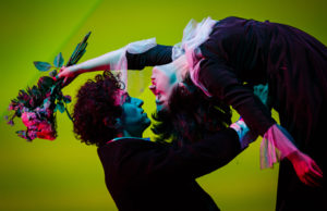 The Flying Lovers of Vitebsk_credit Steve Tanner (4)